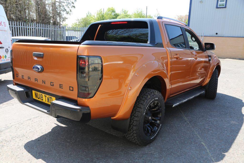 Ford Ranger Wildtrak Twins in Orange